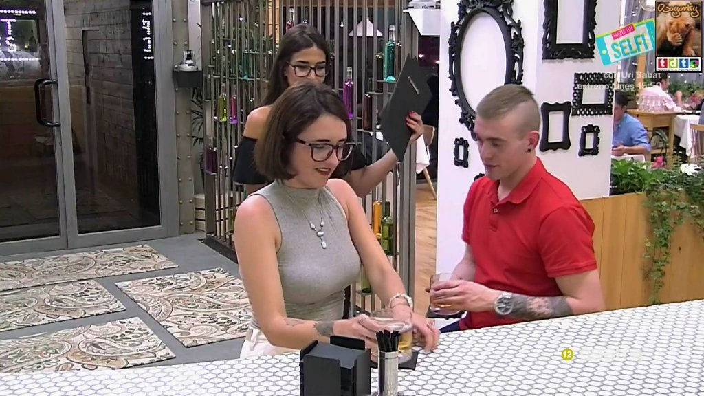 firstdatescachondagafas_oso49