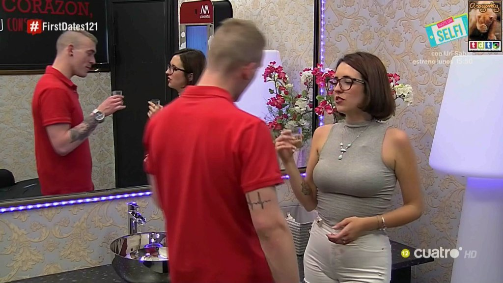 firstdatescachondagafas_oso57